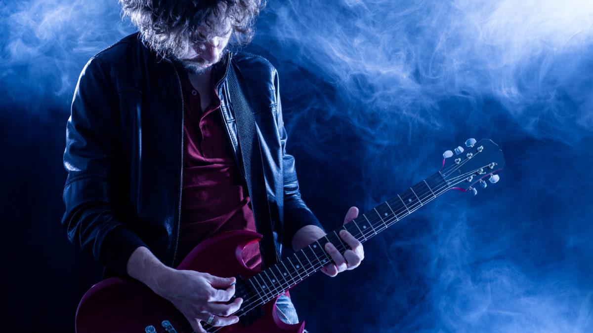 世界のトップギタリストが口を揃えて言うギターのコツとは?